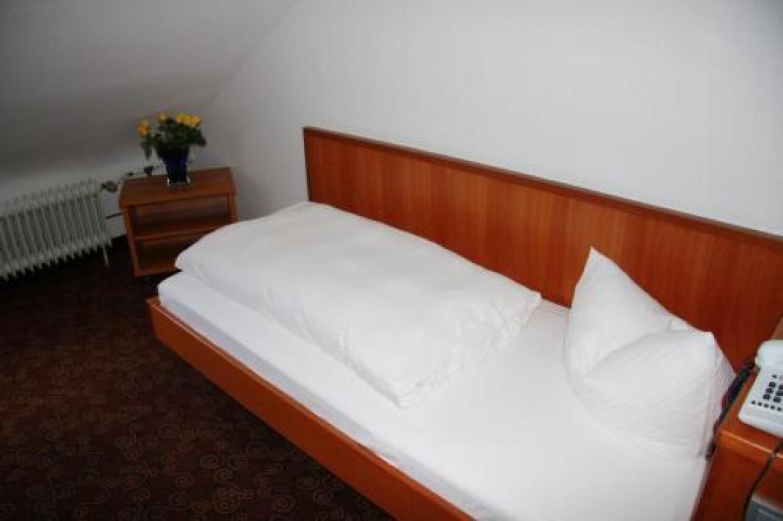 Einzelzimmer Mansarde